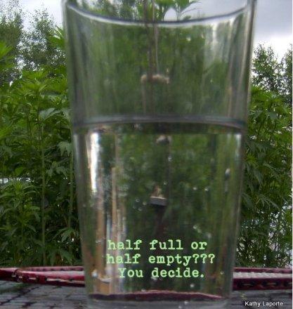 bicchiere mezzo pieno 1