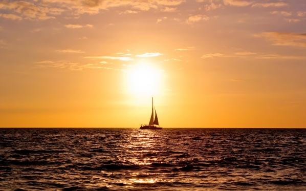 barca in mare aperto